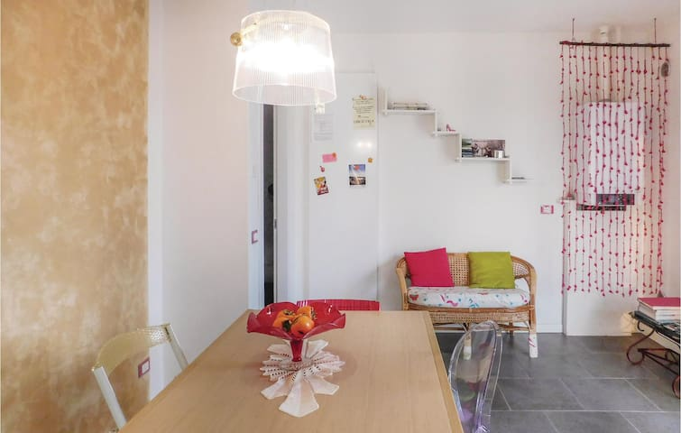 Holiday apartment with 2 bedrooms on 80m² in Fumane -VR-