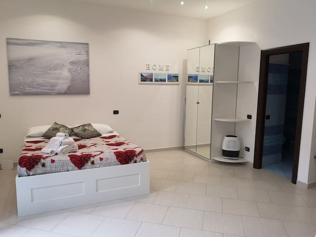 Modern Studio Apartment in the Heart of Sorrento