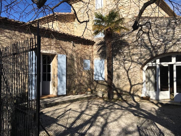 Maison de caratère en Drôme provençale
