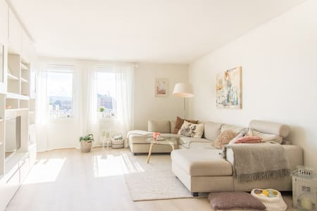 Bright and cozy apartment with beautiful view - Trondheim