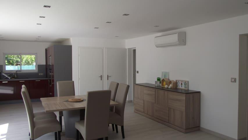Appartement contemporain de 94m2 à l'est d'Avignon