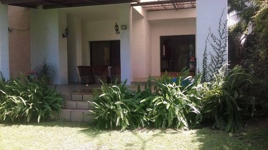 CLOSE TO THE GOLF COURT BEAUTIFUL VIEW - Nuevo México - Bed & Breakfast