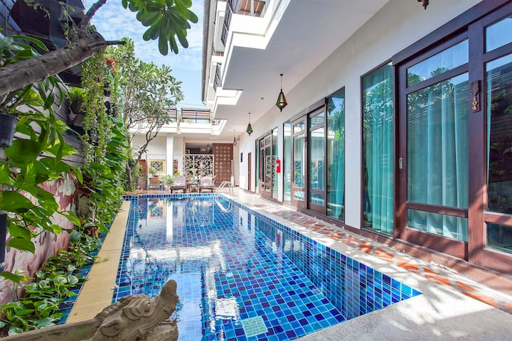 ⭐Areeya Boutique Resort 16BR w/ Pool in the City