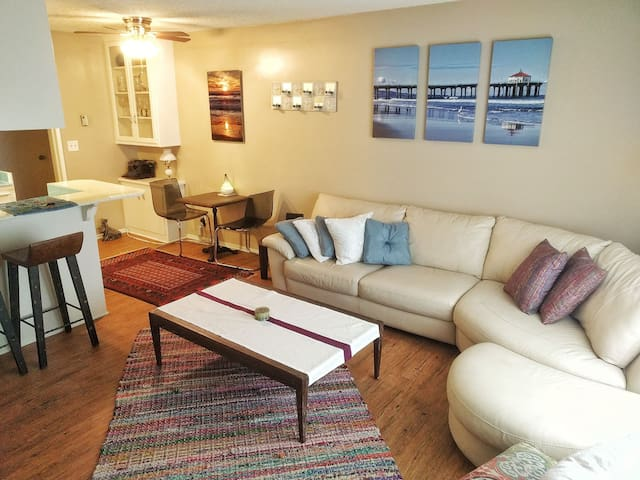 Ocean views and sounds in cozy apt! - Redondo Beach - Apartemen