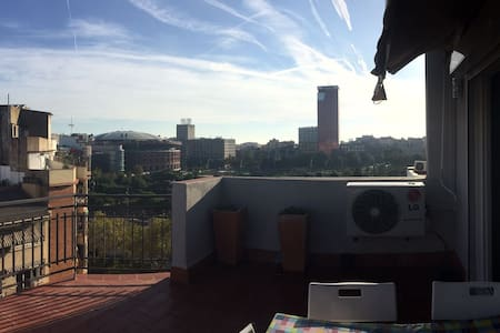 Double cozy room on rooftop with a great terrace! - Barcelona