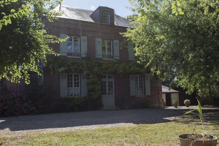 Gîte de la Ferme du Centre - Morgny - House