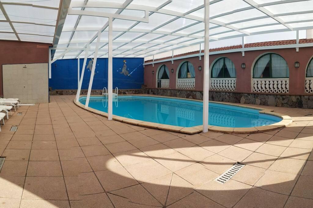 Finca rural con piscina casas rurales en alquiler en ingenio canarias espa a - Casas rurales madrid con piscina ...
