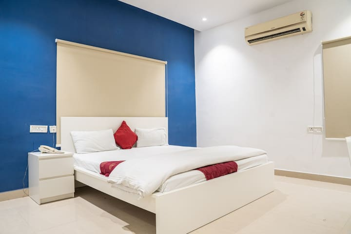 Rooms For Couples at Madhapur
