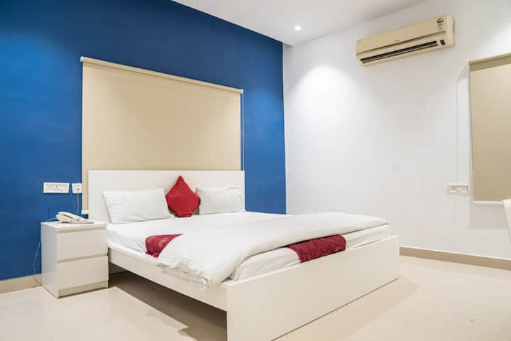 Cozy Rooms with WI-FI in Madhapur