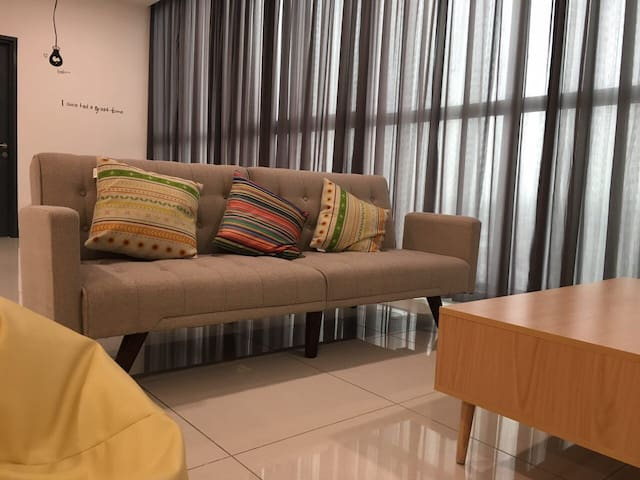 2rooms PJ @Atria FREE Parking FREE Wifi