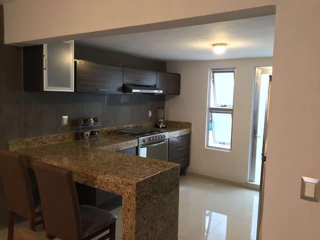 Condominio nuevo super ubicacion - Mazatlán - Departamento