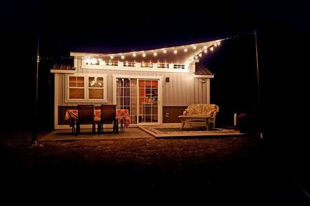 The little modern Grey Cottage