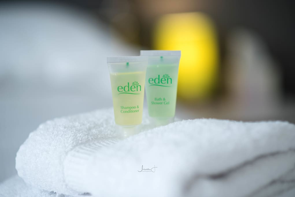 Complimentary shower gels, soaps