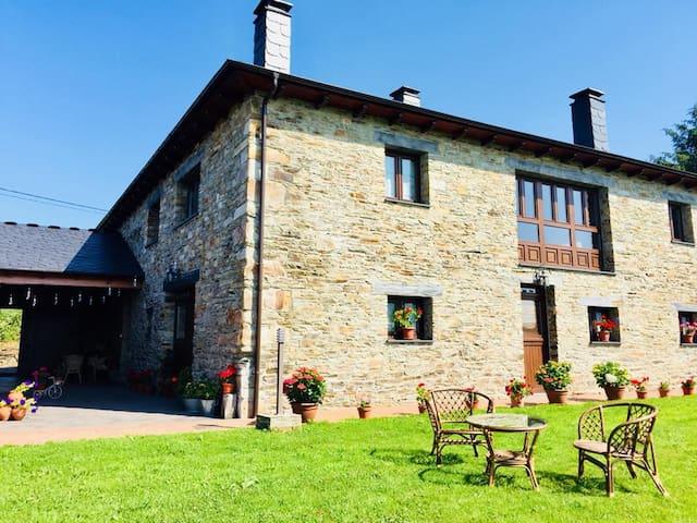 La Quintana de Zarauza, Casa Rural. Oscos,Asturias