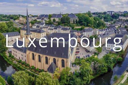 50m² flat, great location, 1-4 people - Luxembourg - Huoneisto