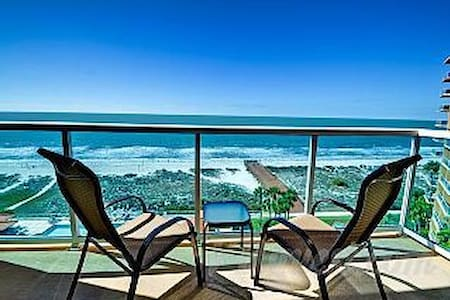 Clearwater Beach Luxury Condo - Clearwater - Condominium