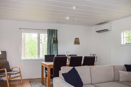 Nice home in Ljungby w/ 2 Bedrooms