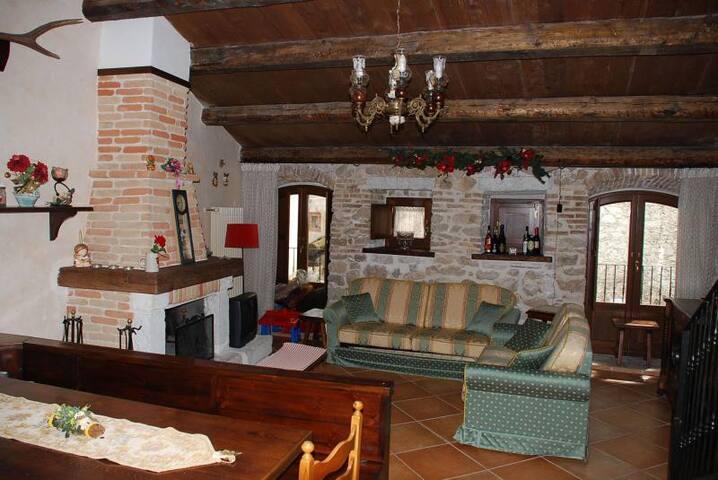 App. Roccapia Centro x 5 bellissimo - Rocca Pia - Apartemen