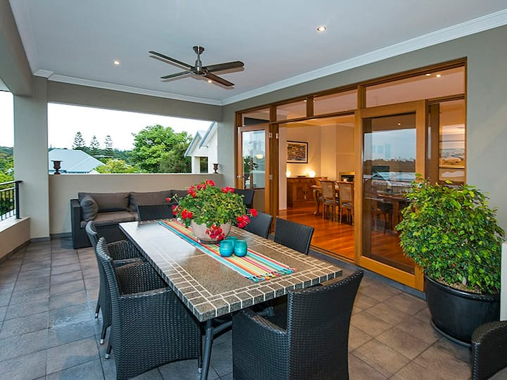 Spacious Swanbourne Home