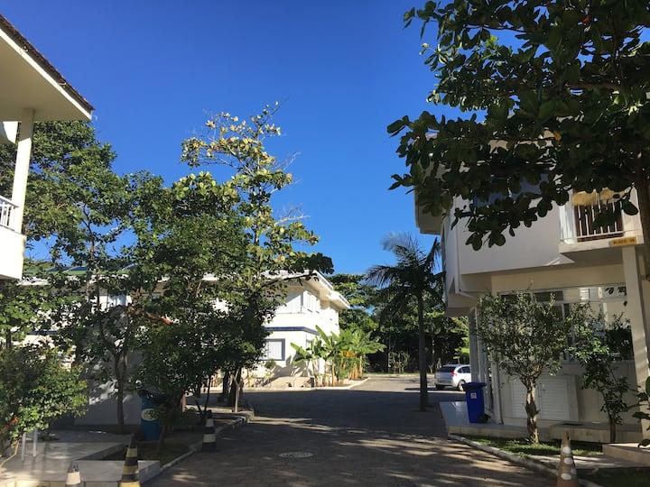 Ap completo com 2 suítes na Lagoa da Conceição #14