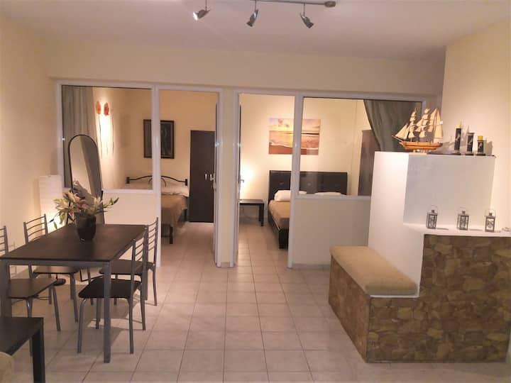 Skiathos central apartment in Skiathos