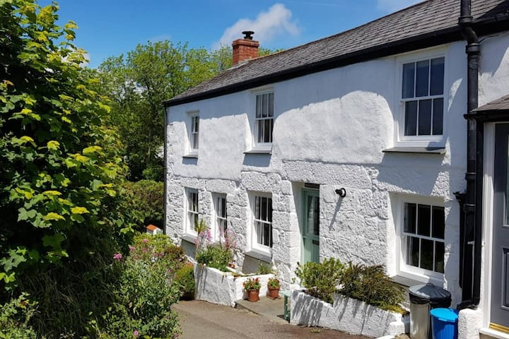 Robin Cottage, Helston, Cornwall