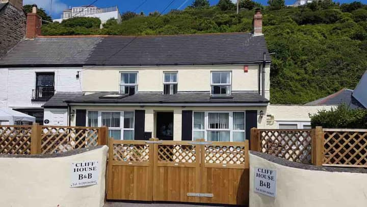 Cliff House B&B - Double Room