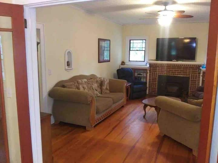 2 bedroom town home, in town, secluded fire-pit