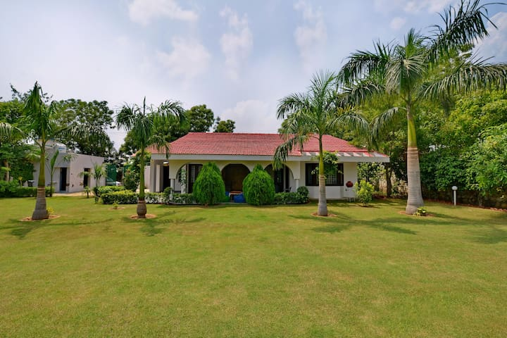 Picturesque 2 BHK Farm House, Manesar (On Sale ✅)