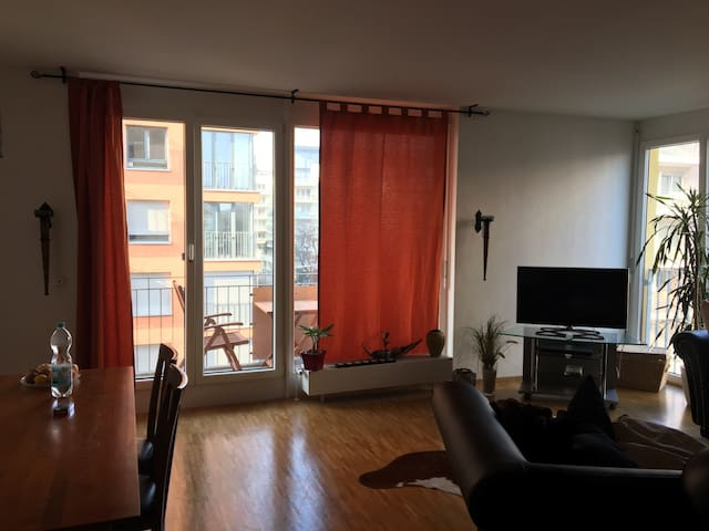 Beautiful Appartement in Bockenheim - Frankfurt am Main - Apartment