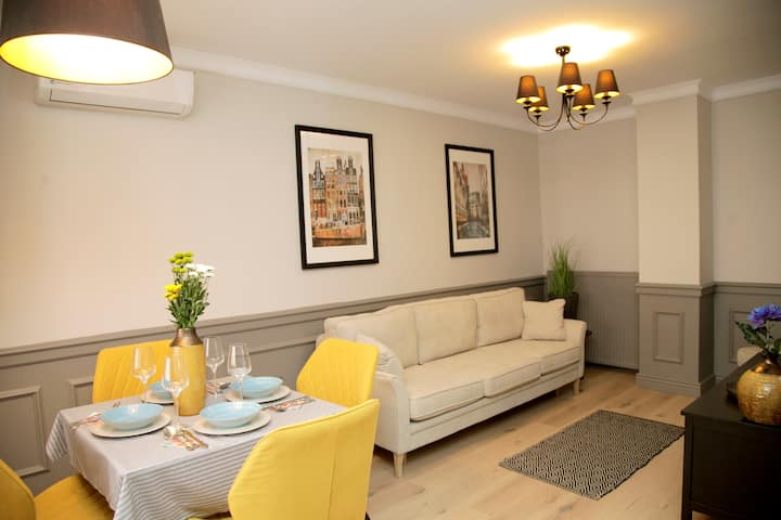 Boutique Apartment #3 - right in the city centre