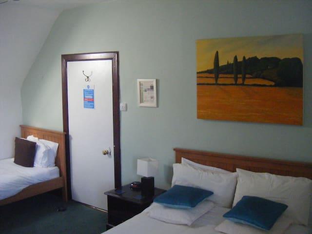 Double Room en-suite - Tomintoul - Penzion (B&B)