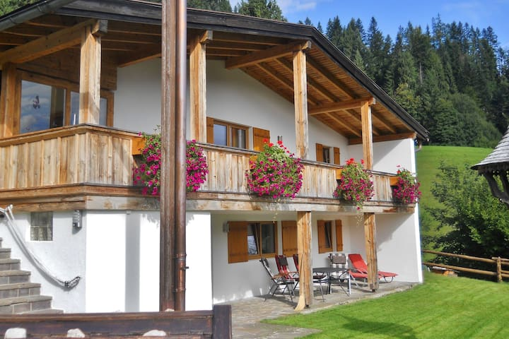 Fantastic Chalet in Niederndorf bei Kufstein with Terrace