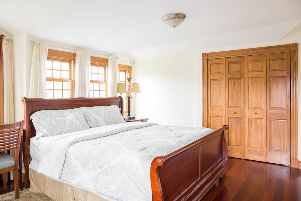 Master Bedroom (High Quality Memory King Bed)