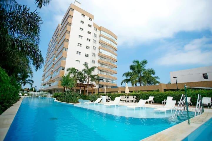 Apartamento Cond. Club Frente Para o Mar Bertioga