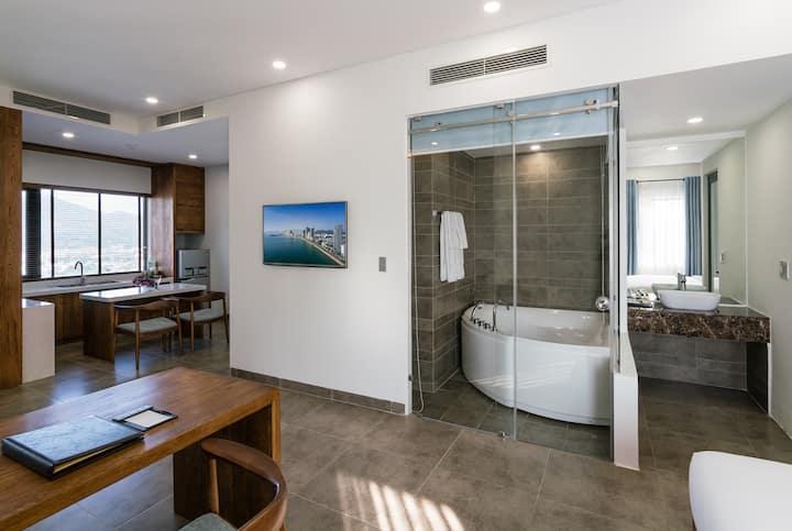 Joytrip Hotel/Joytrip Suites Sea View