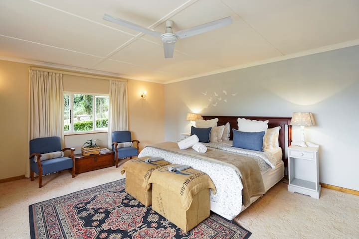 Mulberry Cottage @ Mulberry Guest H - Outer West Durban - Bed & Breakfast