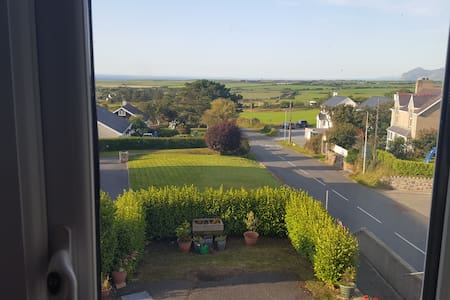 Pen Y Berthan Holiday Apartment