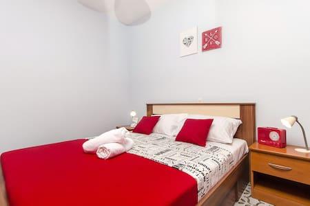Appartamento con una camera da letto, a Novalja - isola di Pag, Piscina all'aperto, Il balcone, Il terrazzo