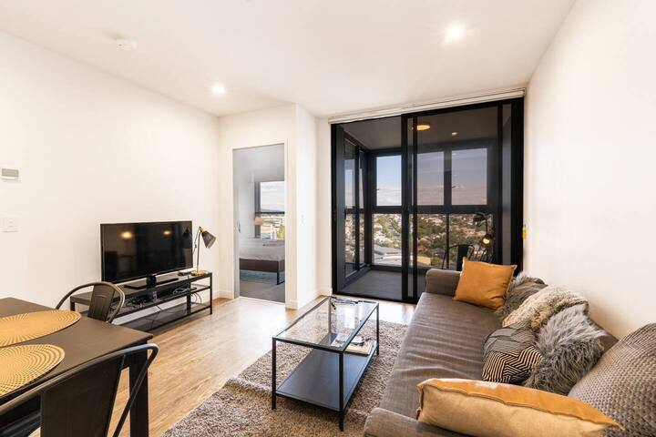 Luxury Design, Amazing View from your apartment