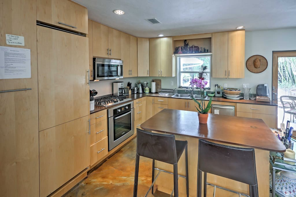 Prepare your favorite home-cooked meals in the modern, fully equipped kitchen.