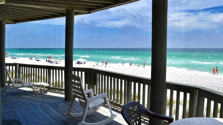 Panorama - Lower - Beautiful Beachfront Home!  Ren