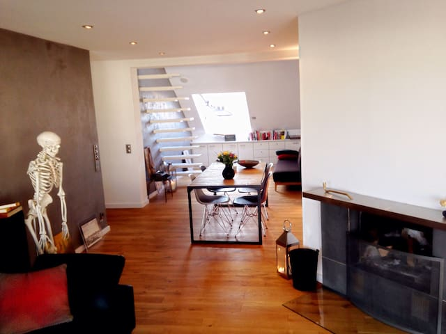Quirky penthouse in the heart of Frankfurt!