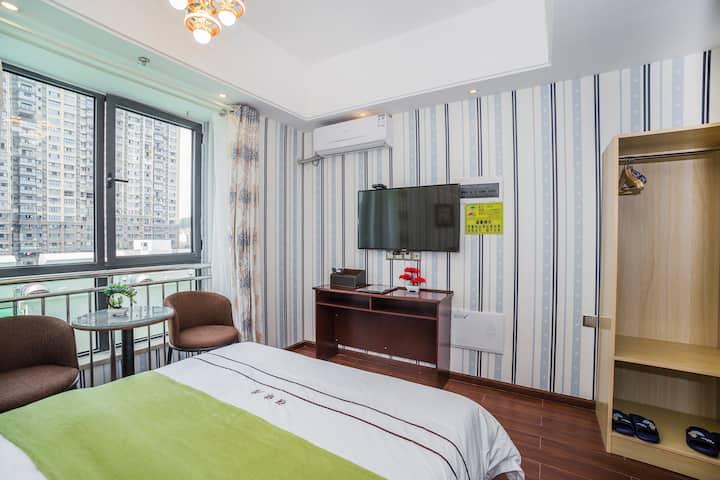 资阳万达广场雅缘居公寓精品大床房