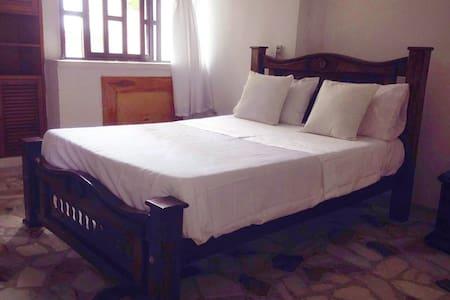 Casa Rodadero , Habitación acogedora - El Rodadero, Santa Marta - Hus