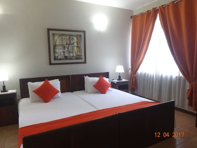"""Rockwood ""   3 bedroom apartment in Colombo 7"