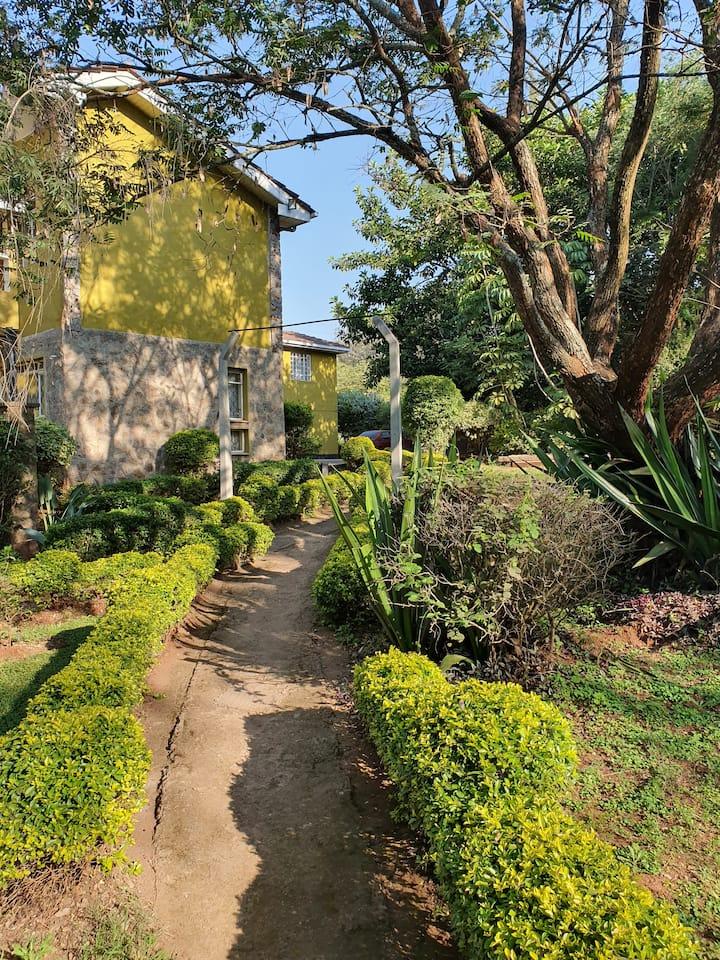 Savannah Garden Lodge