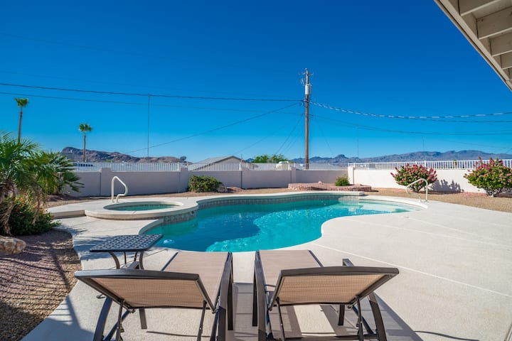 Pool & Spa home with RV & Boat Parking