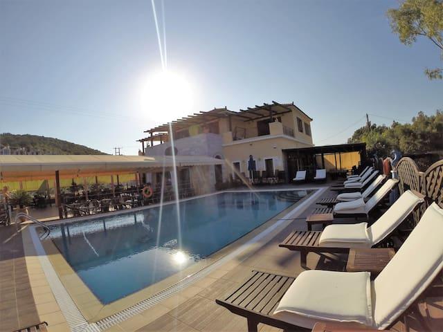 """Διαμέρισμα """"ήλιος και θάλασσα"""" - Vathi - Appartement"""