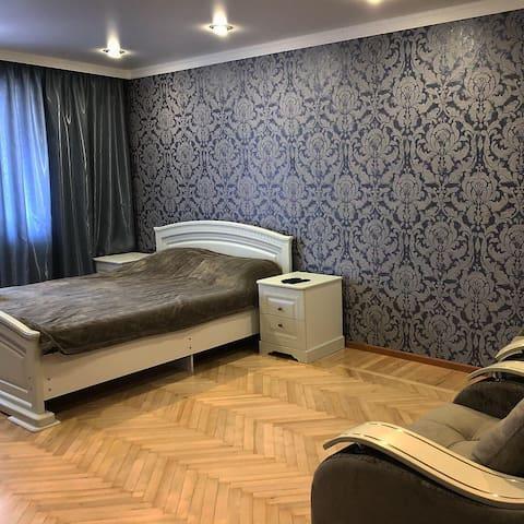Апартаменты на Тамаева 18